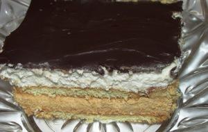 עוגת ביסקוויטים וקרם ריבת חלב טבעונית