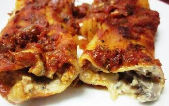 קנלוני שמנת פטריות טבעוני: אוכל איטלקי טבעוני