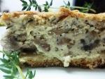 פשטידת פטריות ועשבי תיבול קרמית טבעונית