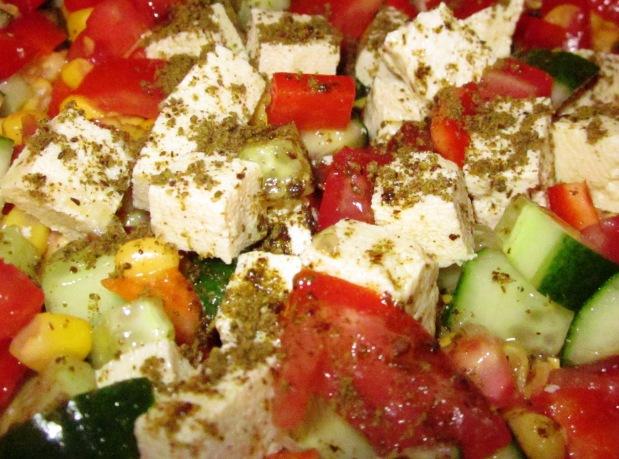 גבינה בולגרית טבעונית: פשטידות טבעוניות וסלטים מעניינים