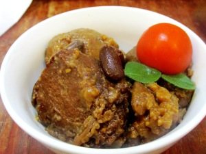 חמין טבעוני עם אורז מלא